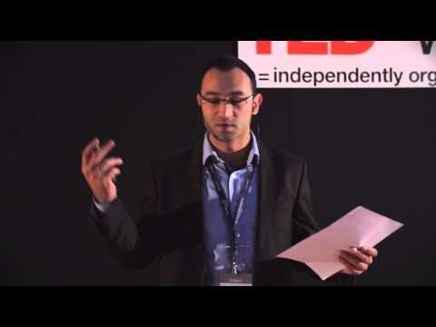 Znajdz swoja droge: Wojciech Pazdzior at TEDxWSB - YouTube