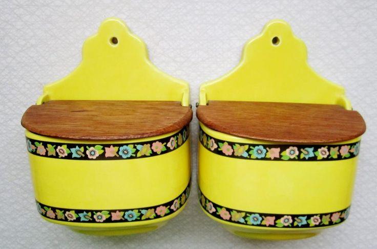 2st Vägg Kryddburkar/Burk - Gul & Teak - Retro 50/60-tal på Tradera.com