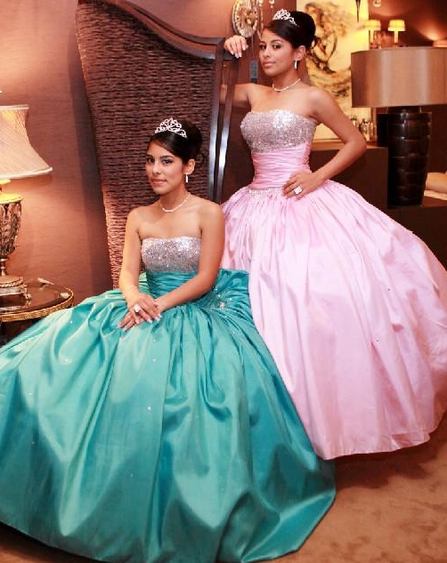 Twins quinceanera dresses! Do you like these 15 dresses?