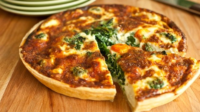 This easy, filling spinach, bacon and parmesan quiche is sure to become a regular in your dinner rotation.