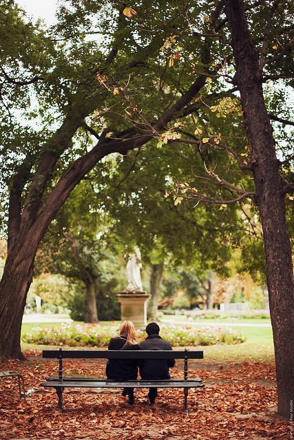 Autumn in Paris | Jardin du Luxembourg (reminds me a little of the scene between Emma and Julien in #TheParisConnection)