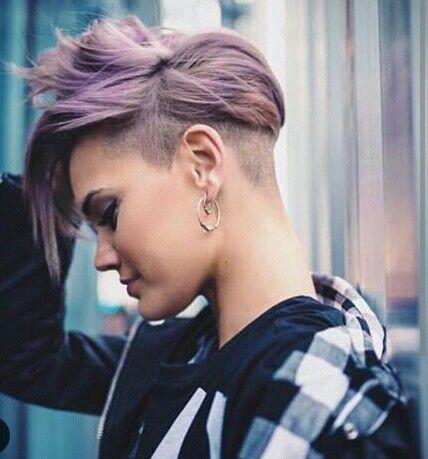 Colored short hair undercut. Cabelo curto colorido | Hair de 2019 | Cabelo curto colorido, Cabelo e Cabelo Curto