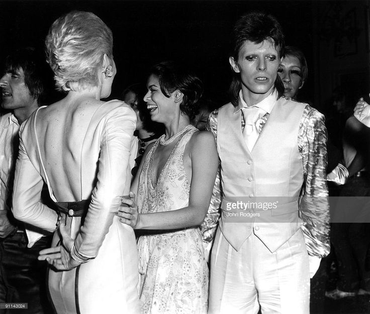 ROYAL Photo of Bianca JAGGER and Angie BOWIE and David BOWIE, with wife Angie Bowie & Bianca Jagger