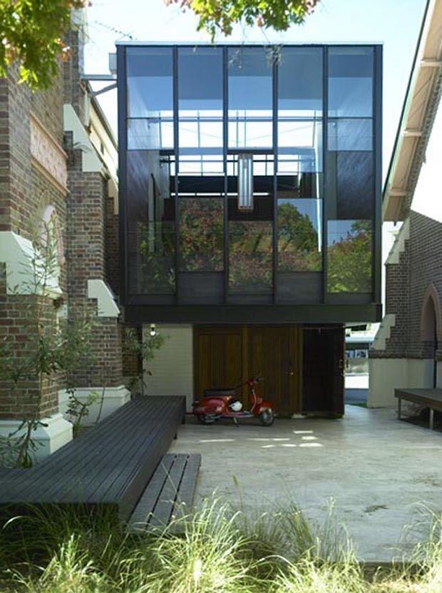 Brookes Street House in Brisbane, Australia by James Russell Architect