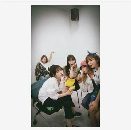 [PIC] 170517 • #SOMI - Kang Ye Won's Instagram Update