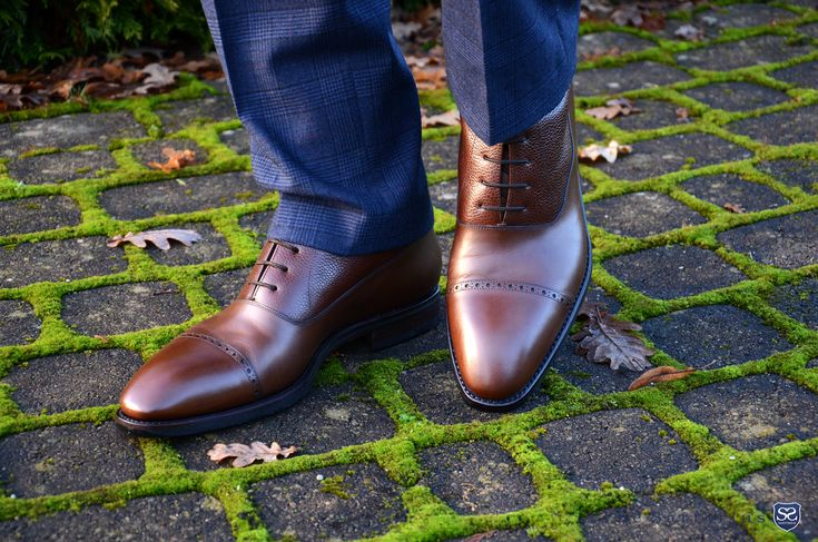 Balmoral Boots in Marron Model:  https://patine.shoes/product/search?query=755 Foto:  http://thesartorius.blogspot.com