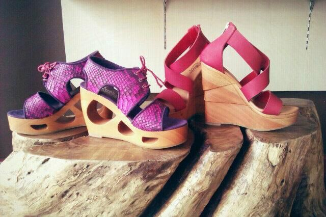 Chrissant Purple Phyton Skin & Lantana Red