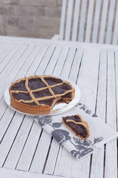 La Crostata alla Nutella (sottotitolo: che io ho fatto con il Bimby) – La Cucina Psicola(va)bile di Iaia & Maghetta Streghetta