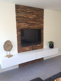 Prachtig idee voor een unieke wanddecoratie. Deze houten wandbekleding geeft uw woning een bijzondere belevenis.