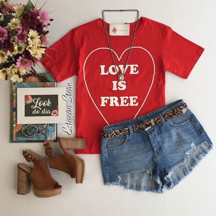 Quem mais aí ama tee? ♀️♀️✨❤️ T-shirt Love is Free | Short Jeans  Compras pelo site: www.estacaodamodastore.com.br . Whatsapp Site: (45)99953-3696 - Thalyta (45)99820-6662 - Jessica . Ou em nossas lojas físicas de Santa Terezinha de Itaipu e Medianeira - PR