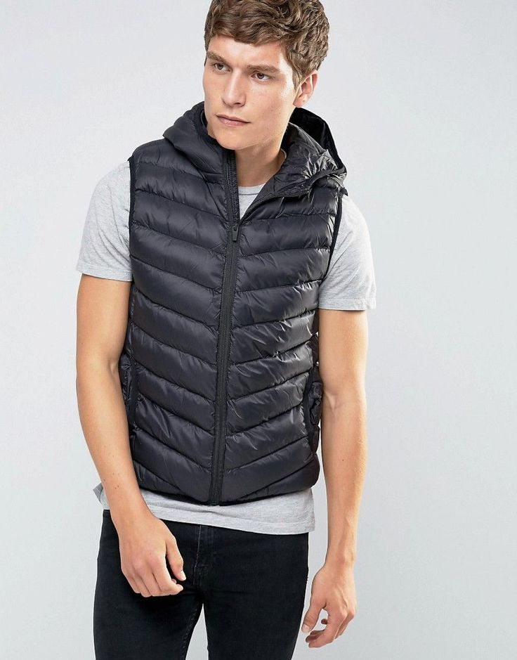 Get this Brave Soul's quilted jacket now! Click for more details. Worldwide shipping. Brave Soul Padded Layering Gillet Jacket - Black: Jacket by Brave Soul, Soft-touch smooth woven fabric, Lightweight finish, Padded for added warmth, Lined with internal pocket, Fixed hood, Zip fastening, Side pockets, Regular fit - true to size, Machine wash, 100% Polyester, Our model wears a size Medium and is 188cm/6'2 tall. (chaqueta acolchada, padded, quilted, down, acolcahada, acolchada, acolchado…