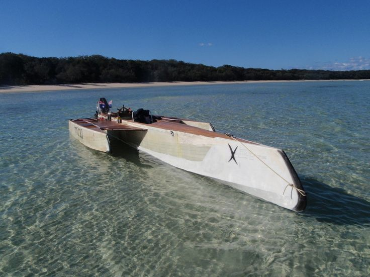 simple plywood trimaran - Google Search | Boats | Boat, Wooden boat building, Kayak boats