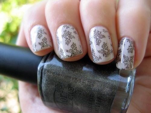 floral damask...kinda?: Nail Polish, Style, Nailart, Nail Designs, Makeup, Beauty, Nail Art