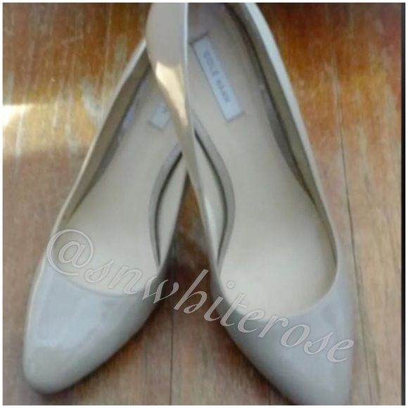 Cole Haan Classic Neutral Pumps Cole Haan Neutral Pumps. Invest in a good quality classic! Matches with everything. Worn once, just like new. Selling for a friend. Cole Haan Shoes
