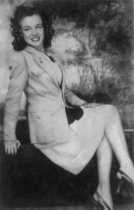 Norma Jeane- c.1941