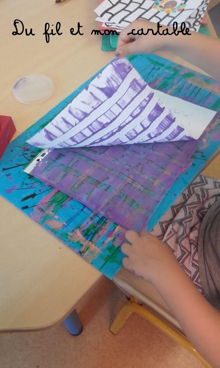 Oui, les cahier polypro existent avec leur belle pochette toute plastifiée,   mais non, on continue de décorer quand même !       Pren...