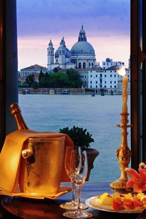 Romantic Dining, Venice, Italy
