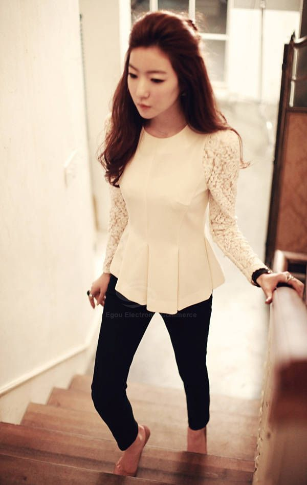 Stylish Scoop Neck Lace Long Sleeve Flounce Design Blouse For Women (WHITE) China Wholesale - Sammydress.com