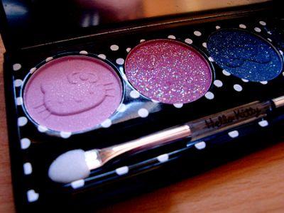Hello Kitty make-up