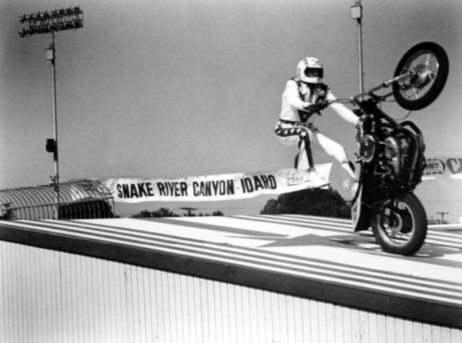 Evel Knievel Motorcycle Daredevil Jumper On His Harley: 1000+ Images About EVEL KNIEVEL On Pinterest