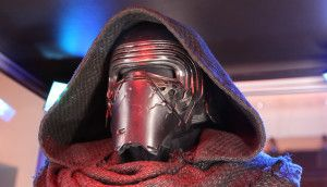 Using 3D Printing to Make This Amazing Star Wars: The Force Awakens Kylo Ren Helmet