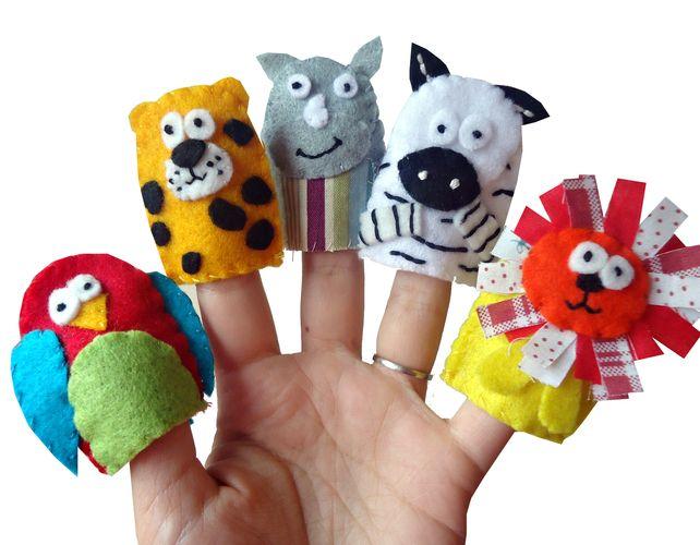 Jungle Animal Finger Puppets - Parrot, Cheetah, Rhino, Zebra and Lion £9.99
