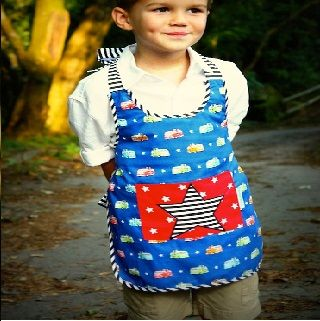 BOYS APRON - JAKE THE STAR - $33.95 - Kids love playing in the kitchen.  Whether it be helping Adults or playing in a toy version, now they can look stylish at the same time!  #sweetcreations #boys #chef #gifts #elephantinthetrunk