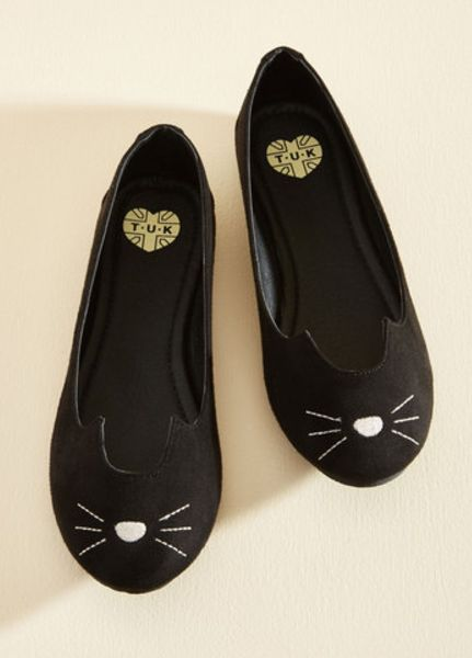 A pair of embroidered flats that are totally pawsome. | 21 Things Everyone Who Is Obsessed With Black Cats Will Love