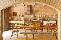 Rustic kitchen designs for your Spanish home