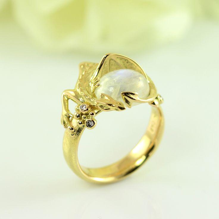Galleri Castens - Smaug gold ring with treasure & Arkenstone
