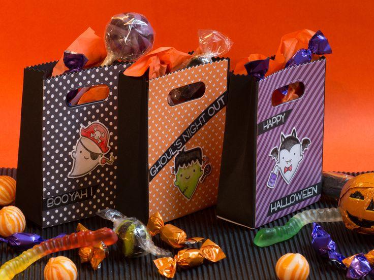 |TRICK OR TREAT?| Per festeggiare la serata di Halloween insieme ai tuoi bambini 14,50 € - Set di 6 sacchetti Set di 6 piccoli sacchetti (10x7,5x3cm) da riempire di caramelle e dolcetti per evita...