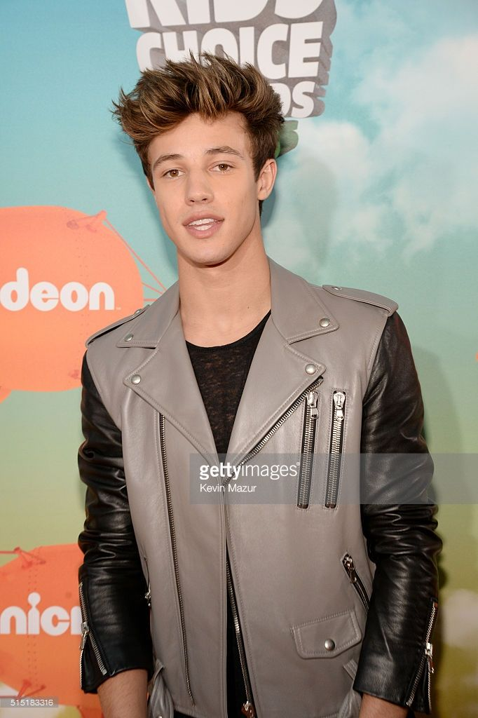 Internet personality Cameron Dallas attends Nickelodeon's 2016 Kids' Choice Awards at The Forum on March 12, 2016 in Inglewood, California.