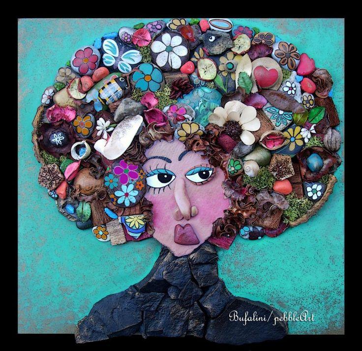 Donna pensierosa con la natura in testa, tra i capelli, preoccupata per l'avvenire del pianeta? probabile... Donna dubbiosa ma tanto innamorata? pot...
