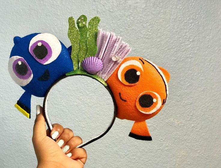 Nemo and Dory | Custom Mickey Ears Ideas | POPSUGAR Moms Photo 11