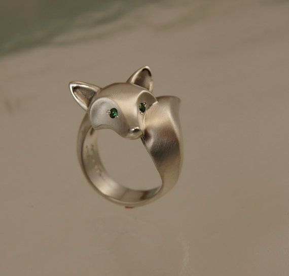 "silver fox ring ""satin"" finish with green garnet eyes"