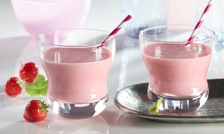 Schneller Erdbeer-Milchshake Rezept | Dr.Oetker
