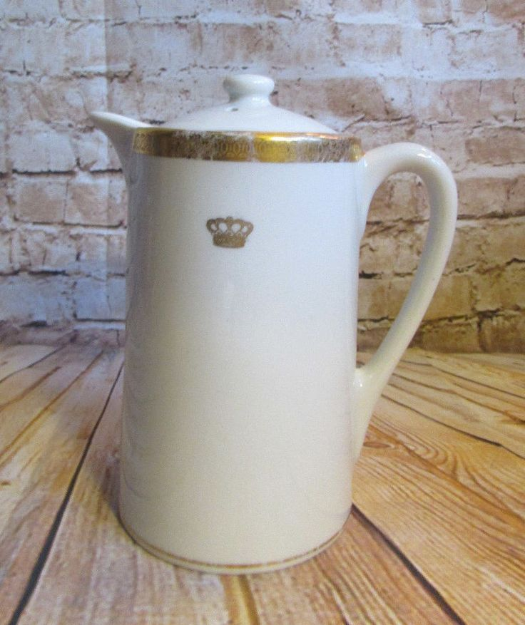 Vintage Mayer China Restaurantware Helmsley Hotel Coffee Tea Pot Gold Crown #MayerChinaCo