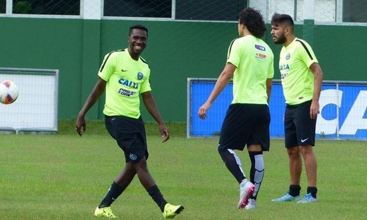 A ótima fase que o Coritiba viveem 2016 e o bom momento de alguns jogadores despertou o interessade vários clubes do Brasil. Negueba,