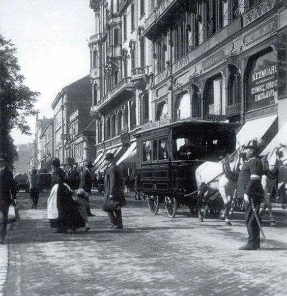 1906. József Attila (Fürdő) utca.