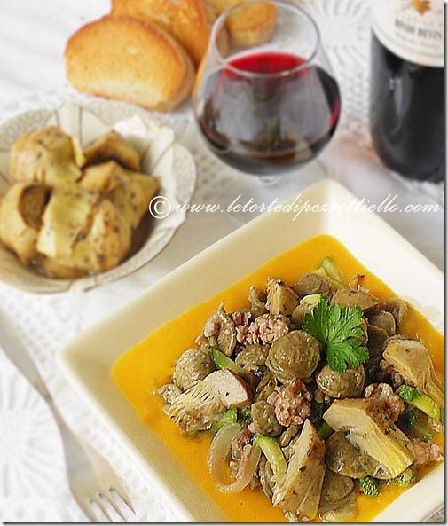 http://www.letortedipezzettiello.com/2012/11/orecchiette-con-carciofi-zucca-zucchine.html