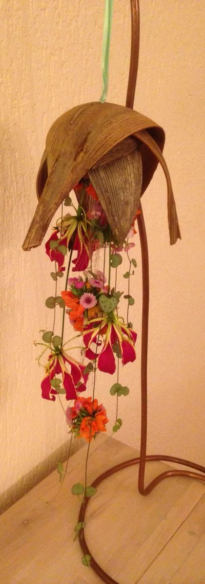 Hangend bruidswerk met Coco palm bladeren