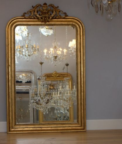 Magnificent antique French mirror with frame in gold leaf ...