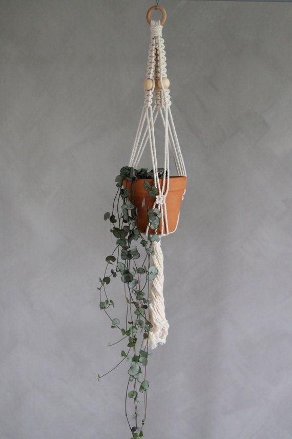 "Macramé Plant Hanger ""Talitha"" - By Helga M. on Etsy / Modern macrame / Boho Macrame / Boho decor / handmade macrame / handmade decor / boho interior"
