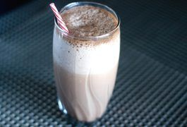 Weight gainer shakes help you consume more calories when you aren't getting enough from your usual diet. With the right ingredients, a single shake could boost your day's intake by around 4,000 calories. If you frequently engage in high-intensity exercise or are severely underweight, adding a high-calorie weight gainer shake could be just what you...