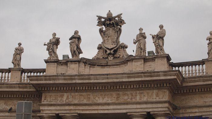 나의 문화유산 답사기 :: 바티칸 성베드로광장(Piazza San Pietro), 교황이 많은 신도들 앞에 모습을 보이는 거대한 광장