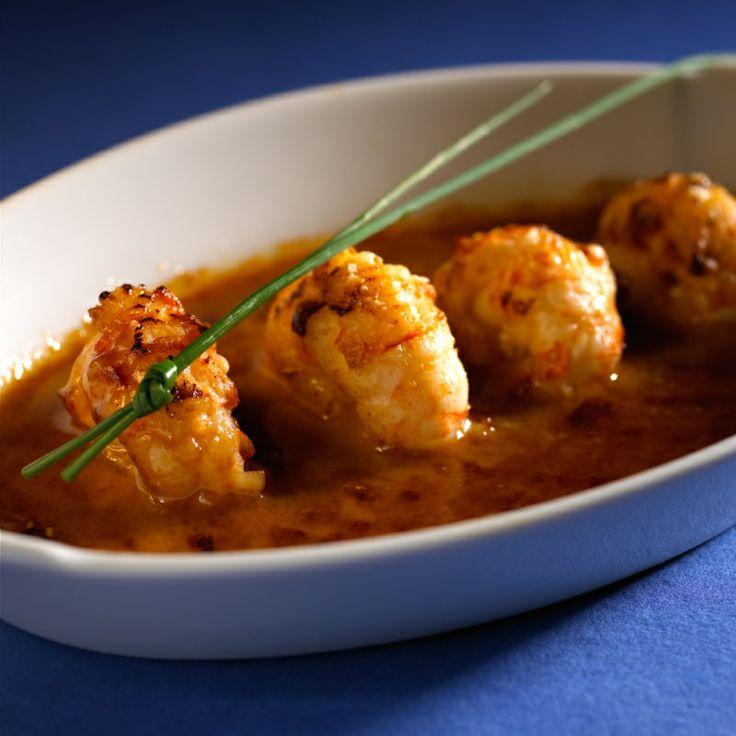 Gratin de queues de langoustines sauce armoricaine. Photo : C. Herlédan. Découvrez la recette sur https://www.facebook.com/LesProduitsLaitiers/photos/a.753109234729901.1073741841.136045459769618/753109334729891/?type=3&theater  #entree #starter #appetizers #snack #miam #cuisine #gourmandise #gastronomie #produitslaitiers #dairy #gastronomy #lait #milk #delicious #foodporn #recette #recipe #food