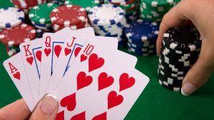 Rahasia Main Poker Menang Terus- Hallo kawan pecinta judi poker, Saat ini saya melihat anda sedang frustasi karena kalah dalam bermain poker