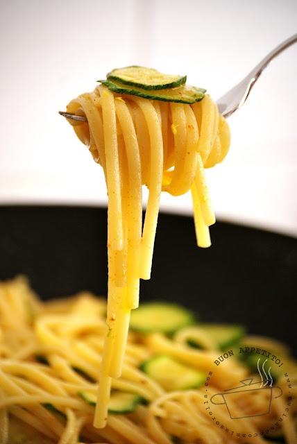 Linguine con zucchine...