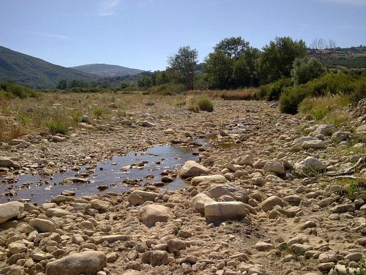 SPECIALE NOVEMBRE – Inondazioni e siccità possono essere due facce della stessa medaglia. Questo vale soprattutto per le regioni che si affacciano sul Mediterraneo, dove il clima secco, le attività…