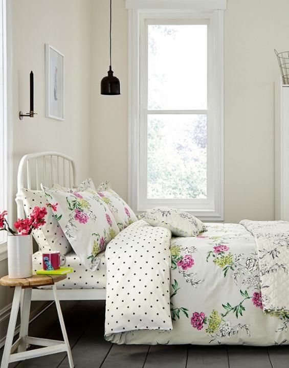 DUVETBUCK Buckingham Floral Duvet Cover